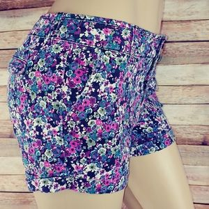 American Eagle floral shorts size 8
